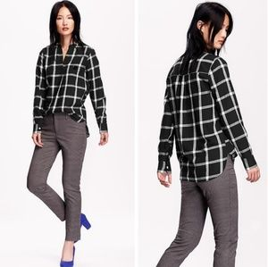 Old Navy Tops - Classic Black & White Plaid Flannel Popover Shirt